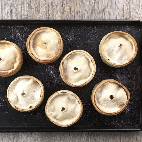 View the Deli buffet pie box online at Campbells Meat, an award winning online butchers