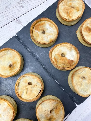 View the Pies scotch pies *12 online at Campbells Meat, an award winning online butchers