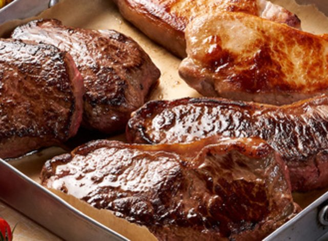 50% off + free cooking guide in Luxury Steak Meat Box